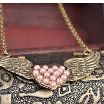 Vintage Pink Pearl Heart Wings Necklace Chain Style Jewelry