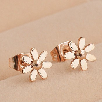 Cute Stud Earring 18k Gold Anium Steel Chrysanthemum Little Daisy Qulity Sweet Las Jewelry On Luulla
